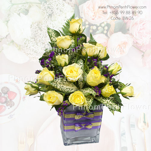 18 Yellow roses in glass vase, BW-26