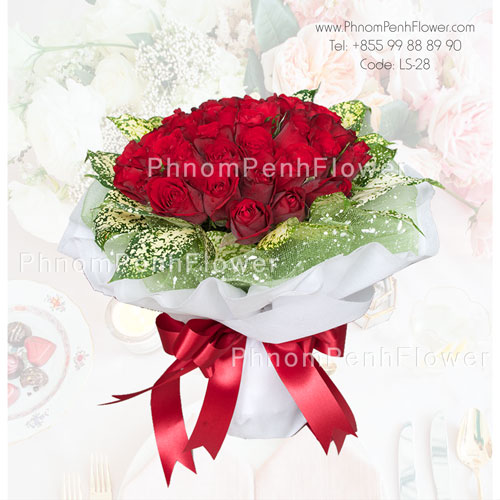 Hand bouquet 36 Red Roses – LS-28