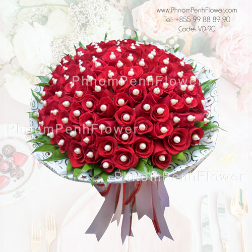 Deluxe 99 Red Roses Bouquet