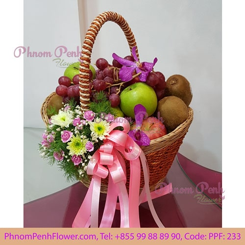 Classic fruits basket with flowers – PPF-233