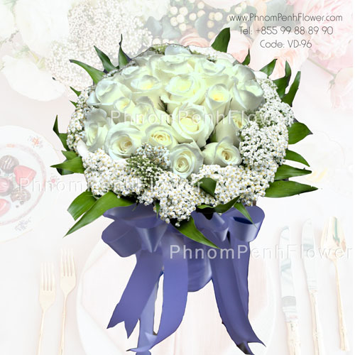 Bouquet of 2 dozen white roses