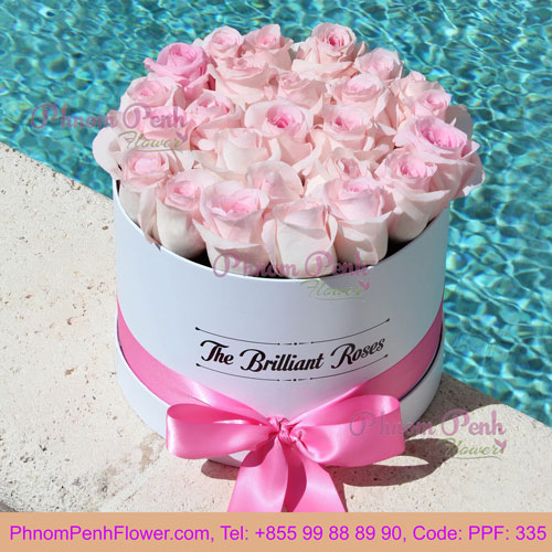 Pink Roses in Round Flower Box