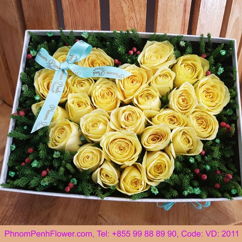 Yellow rose in box - VD - 2011