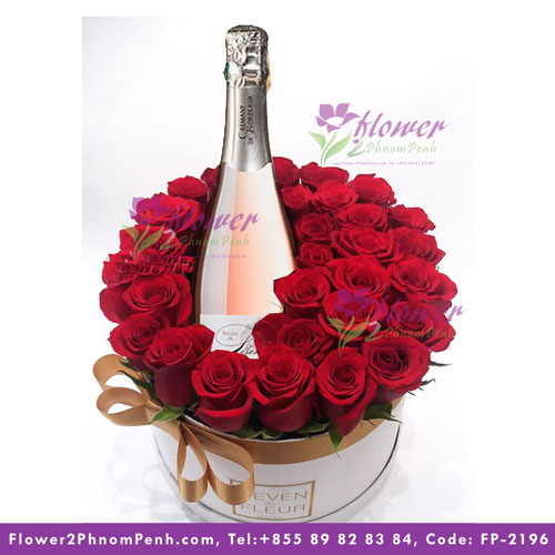 Red roses and Cremant Rose wine - PPF-2196